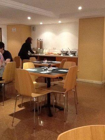 Atenea Calabria Apartaments: sala colazione