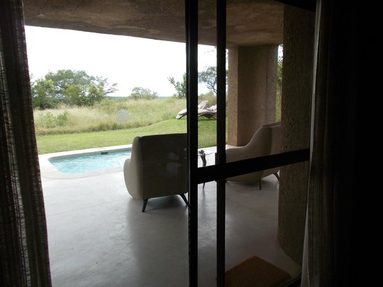 Sabi Sabi Earth Lodge : Luxurious suites with the feeling of being entirely secluded