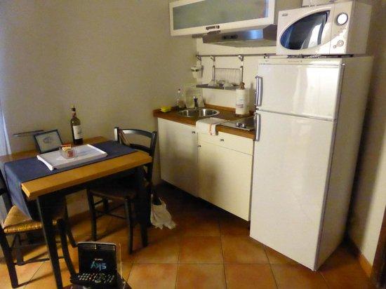 Palazzo Olivia : Kitchen/lounge area