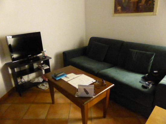 Palazzo Olivia: Kitchen/lounge area
