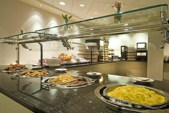 Embassy Suites by Hilton Washington-Convention Center: Breakfast Buffet