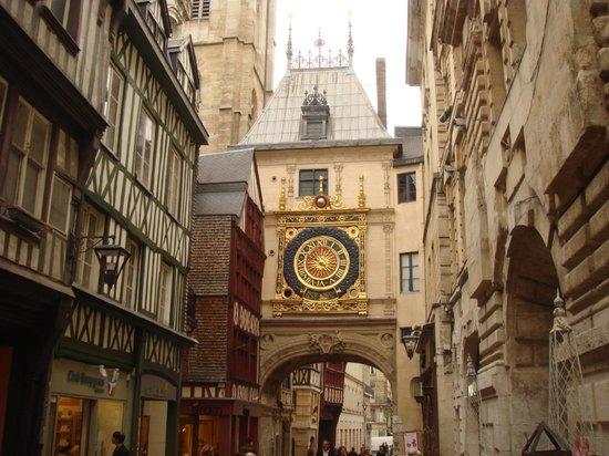 Rue du Gros Horloge : Rue du Gros-Horloge,Rouen ,France