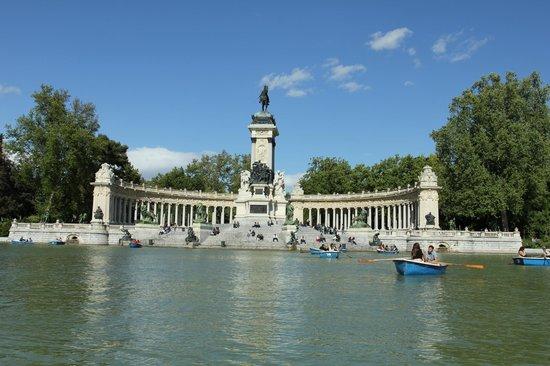 Parque del Retiro: лодочки