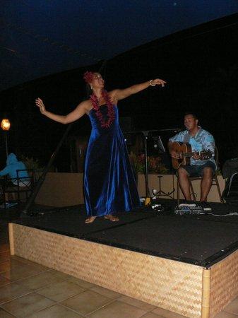 Royal Lahaina Resort: Hula..