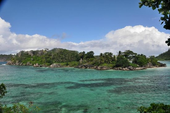 Morne Blanc - Port Glaud islet