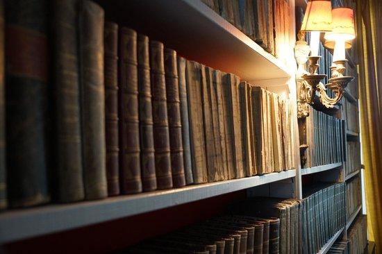 Chateau d'Alteville : bibliothèque