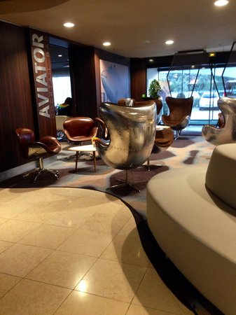 Holiday Inn Toulouse Airport : Hall d'accueil