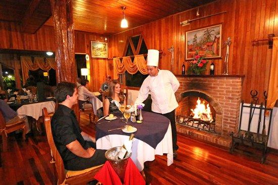 Hotel Fonda Vela: Restaurante Chimenea
