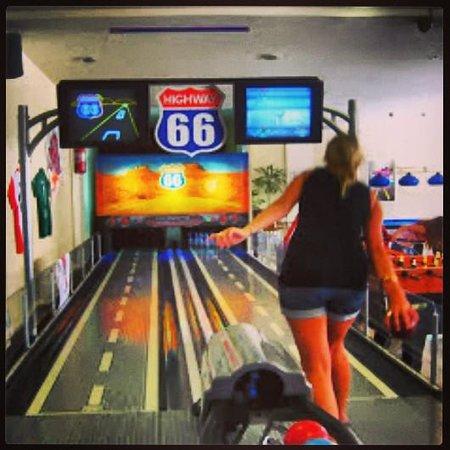 Escape Land : Bowling & Billiards