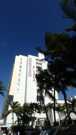 The Condado Plaza Hilton: view of tower from hot tub