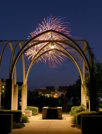 DeBartolo Performing Arts Center : Fireworks just outside