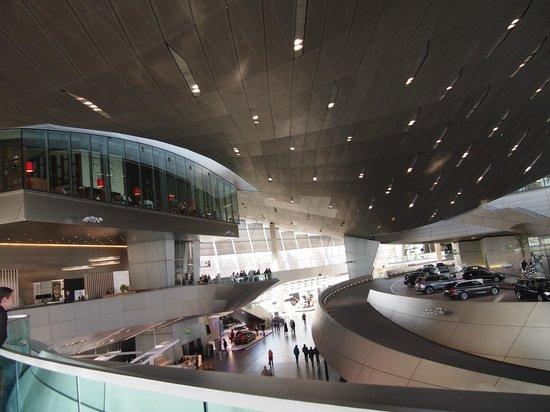 BMW Welt: Vista desde el nivel superior