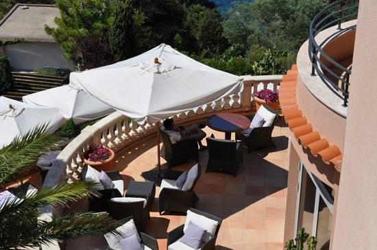 Hotel Tiara Yaktsa Côte d'Azur. : hotel balcony