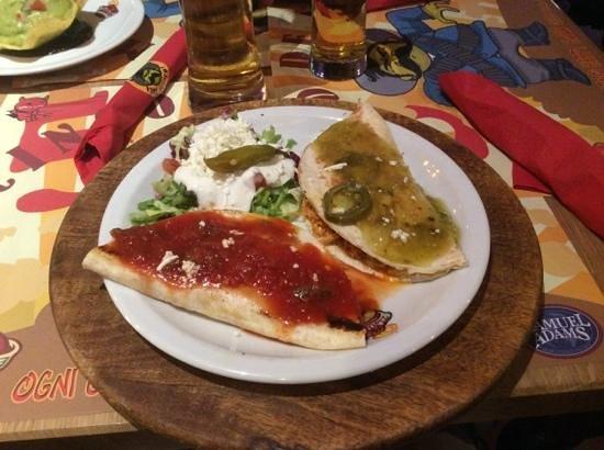 Tijuana: quesadillas