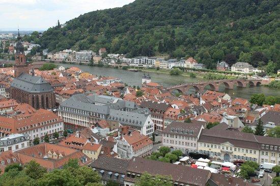 Schloss Heidelberg: Old town (market square) below Heidelberg's Castle