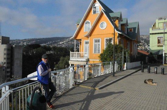 The Brighton: Hotel am Rande des Hügels