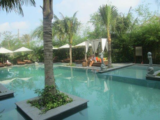 Essence Hoi An Hotel & SPA: Pool Area