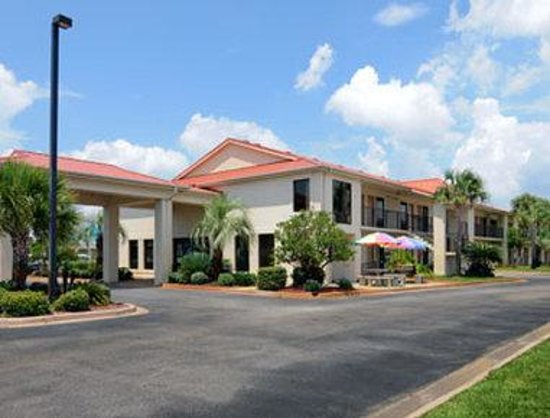 Photo of Days Inn & Suites Navarre Conference Center