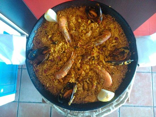 Paella de pescado obr zek za zen meson casa blas - Paella de pescado ...