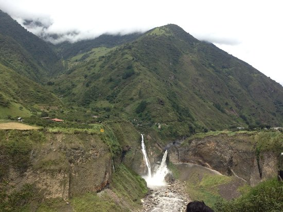 Tungurahua: Near the volcano