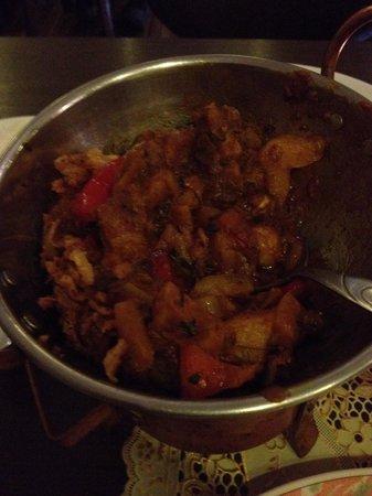 Ginti Indisches Restaurant: das sollen bombay potatoes sein???