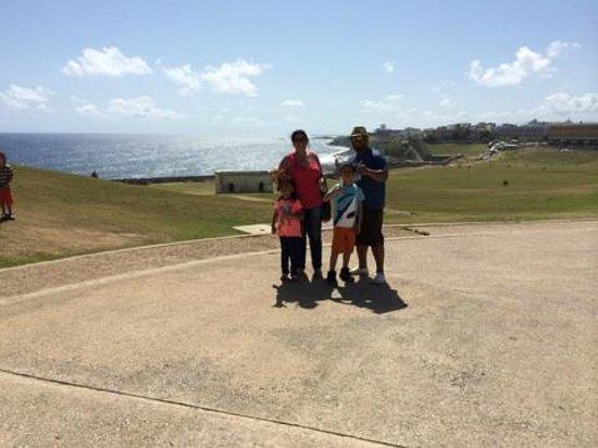 Castillo San Felipe del Morro: Grounds