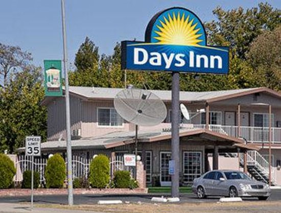 Welcome To Days Inn Oroville