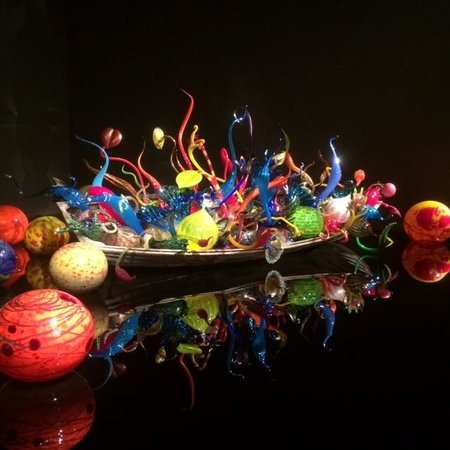 Chihuly Garden and Glass : The Boat made of Glass