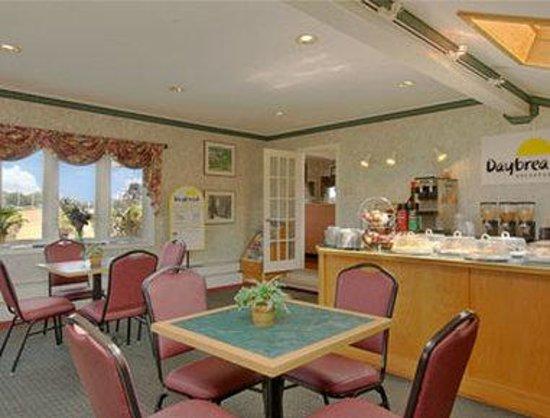 Days Inn Concord : Breakfast Area