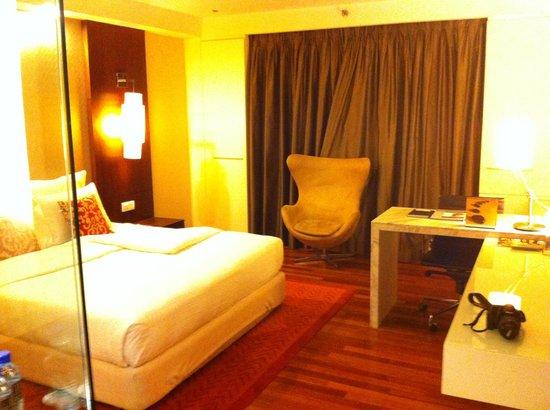 Seri Pacific Hotel : Bedroom