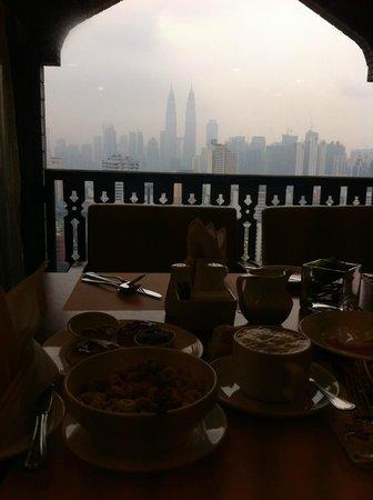 Seri Pacific Hotel: Club Lounge