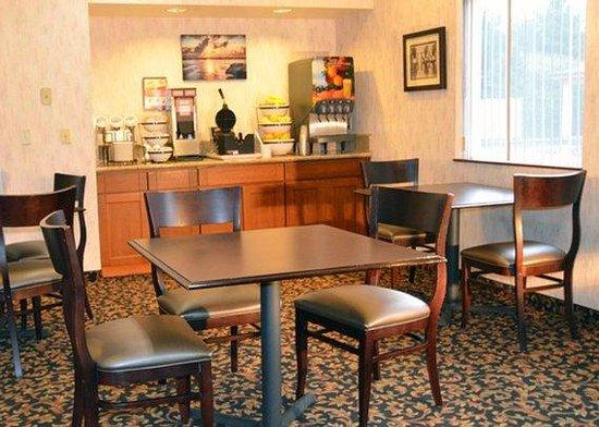 Comfort Inn : Breakfast Area
