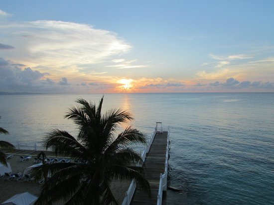 Royal Decameron Montego Beach : sunset from room