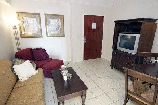 Holiday Inn Hotel & Suites Ocean City : Suite