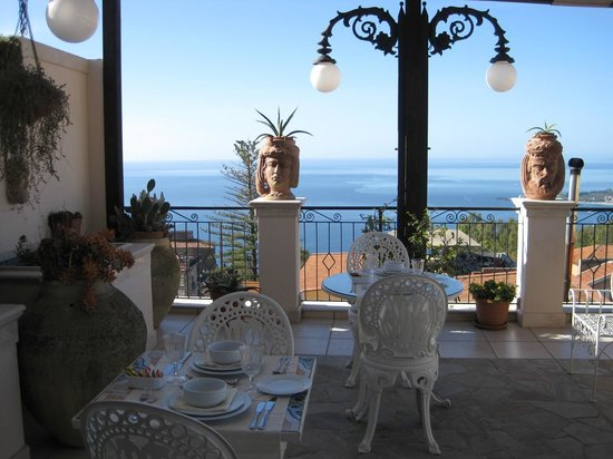 Hotel Taodomus: Breakfast with an unforgettable view!