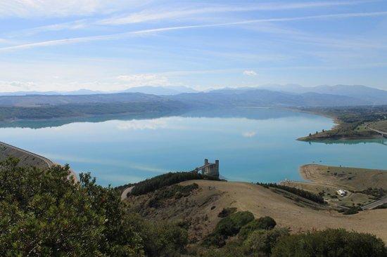 Lago di Monte Cotugno: vista sul lago