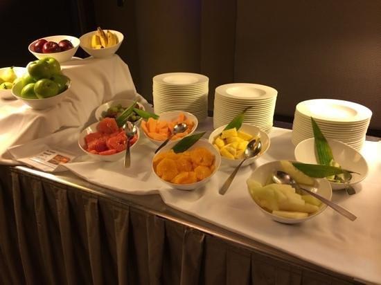 Casa Fuster Hotel: Fruta perfecta de maduración y sabor