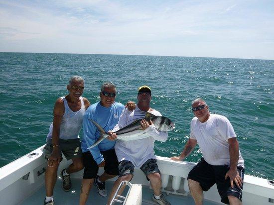 JP Sport Fishing Tours: Beautiful Day