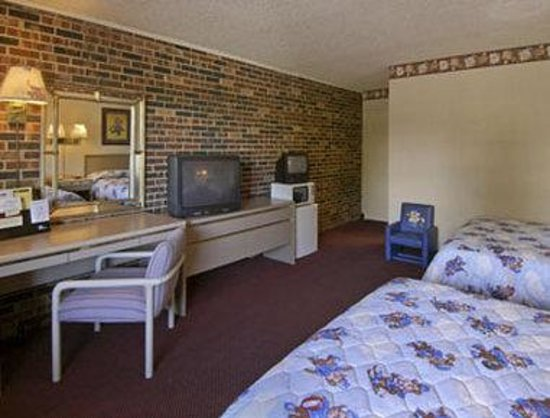 Travelodge Airport Platte City: Sleepy Bear Den