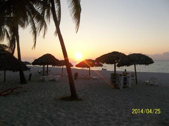 Hotel Club Kawama: coucher de soleil