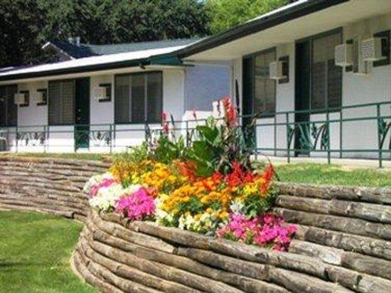 Inn at Okoboji: Grounds