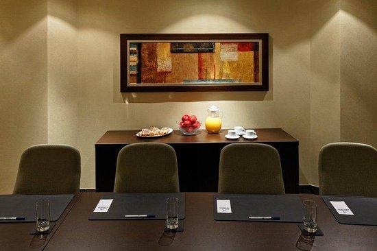 Holiday Inn Express Quebec City (Sainte-Foy): Boardroom