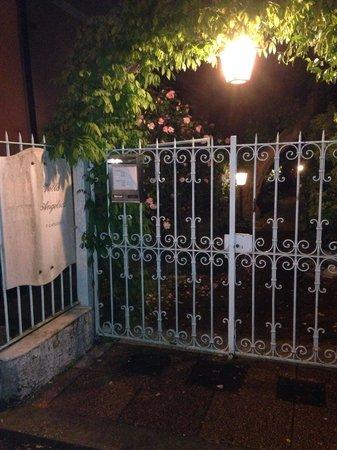 Entrata Villa Angelica