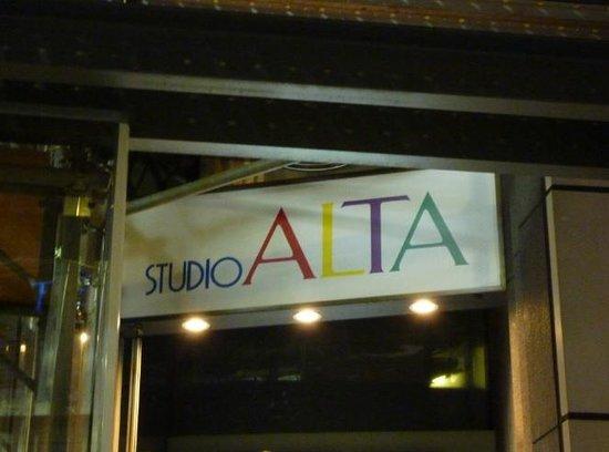 新宿ALTA百貨