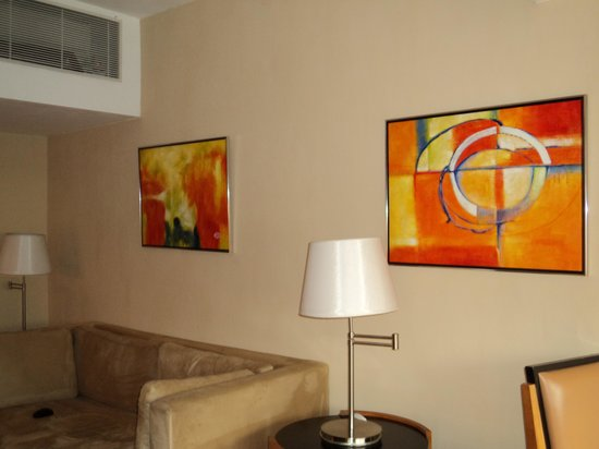 CHI Residences 314: Living room