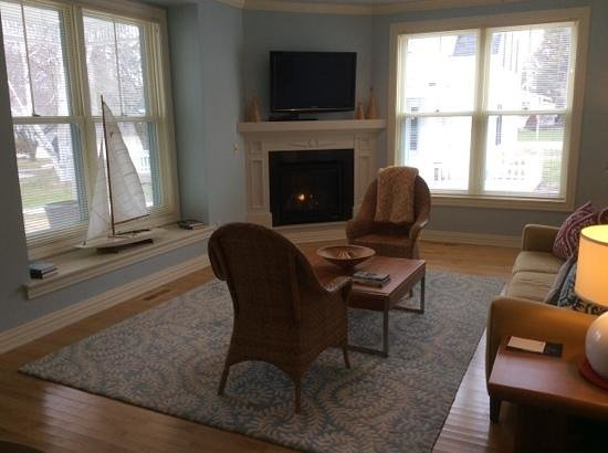Lodgings at Pioneer Lane: Get cozy by the toasty fireplace!
