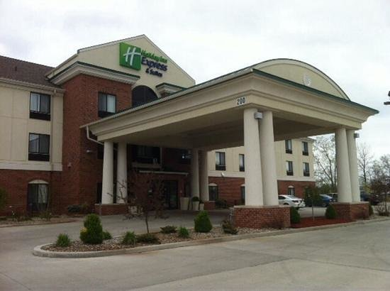 Holiday Inn Express Hotel & Suites Lafayette East: Our new Lafayette Home