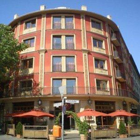 SensCity Hotel Albergo: Exterior