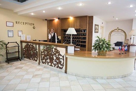 Sun Hotel: Reception
