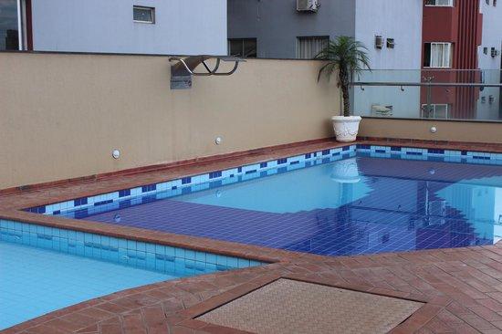 Del Rey Hotel: Piscina